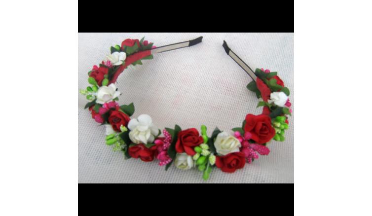 Венок (Красно-белые розы)